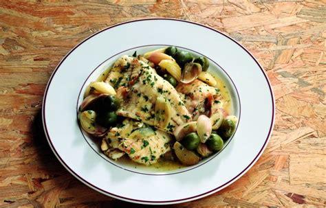 cucinare rombo ricetta rombo in padella con scalogno e olive le ricette