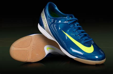 Sandal Sepatu Nike Terbaik need futsal shoes journals crossfire a gaming community