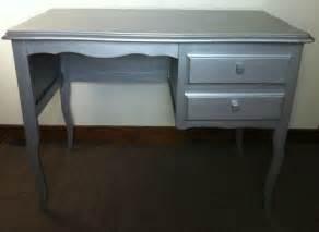 bureau avec 2 tiroirs repeint argent atelier darblay
