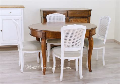 sedie bianche legno tavoli ovali e rotondi allungabili tavoli