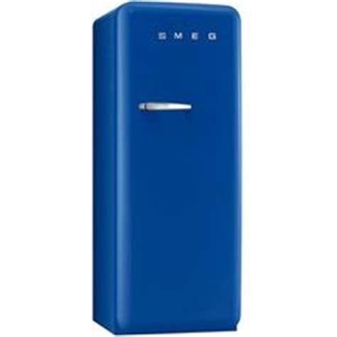 petit congelateur armoire 1000 images about oh les beaux frigos smeg on mini bars smeg fridge and armoires