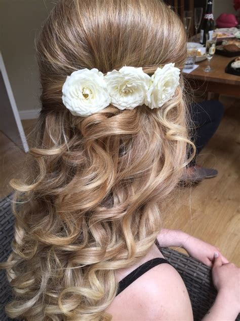 Vintage Wedding Hair Cheshire bridal hair stylist and wedding make up artist cheshire