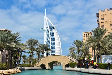 top 10 dubai and abu dhabi eyewitness top 10 travel guide books top 10 gratis bezienswaardigheden in dubai