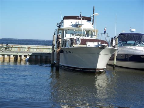 motor boat liveaboard liveaboard boats for sale 47 chris craft commander