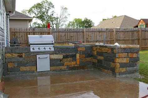 outdoor kitchen images backyard ideas on pinterest backyard kitchen outdoor