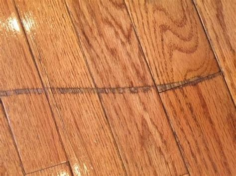 Deep scratches on hardware floors   deep and covering
