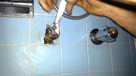 how to fix a leaky shower stall