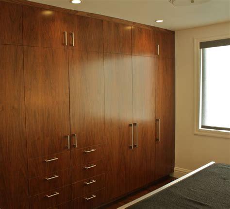 wall to wall wardrobes in bedroom best 25 wall wardrobe design ideas on pinterest ikea