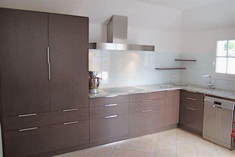 cuisine bois massif contemporaine cuisine contemporaine en bois massif cuisine equip e en
