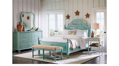 seaside bluegreen  poster  pc king bedroom traditional