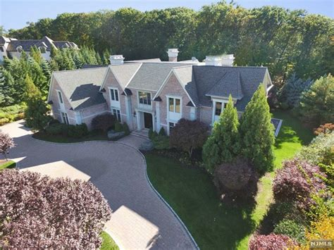 patrick ewing house nba hall of famer patrick ewing lists nj mansion for 7m american luxury