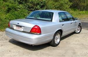 nellsjavelin 1998 ford crown victorialx sedan 4d specs