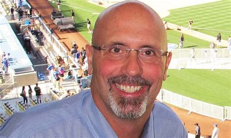 what is a color commentator jim deshaies is the new cubs color commentator