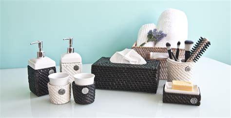 distributeur de savon salle de bain distributeur de savon pour votre salle de bain westwing