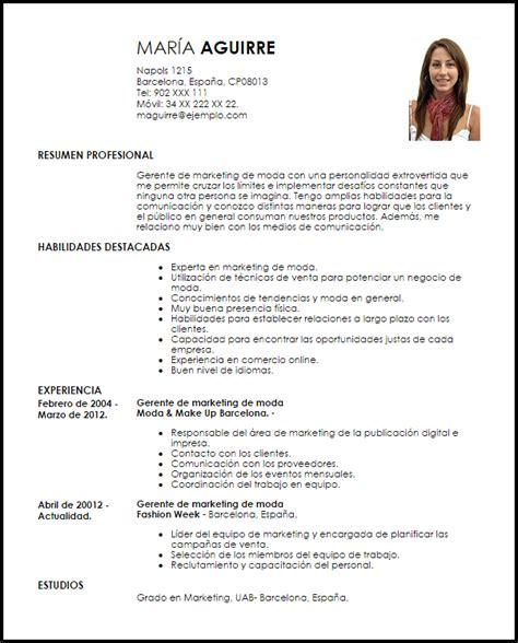 Modelo De Curriculum Vitae Para Trabajo En Oficina Modelo Curriculum Vitae Gerente De Marketing De Moda Livecareer