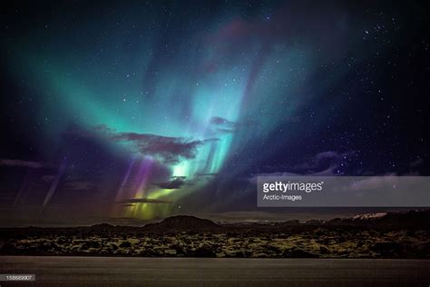 aurora borealis northern lights id 105689 buzzerg aurora borealis or northern lights iceland photo getty