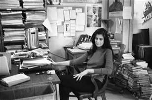 Susan Sontag A Womans Essay Analysis by Great Showing Writers Working In This It S Susan Sontag Am Writing Tips