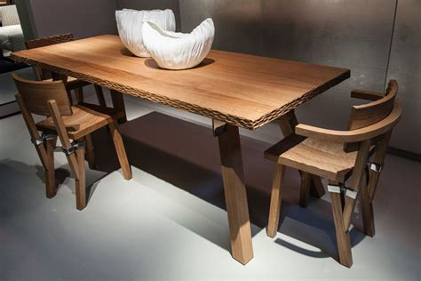 wood dining chairs with an grip on simplicity