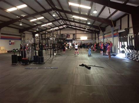 warehouse gym layout crossfit gym design www pixshark com images galleries