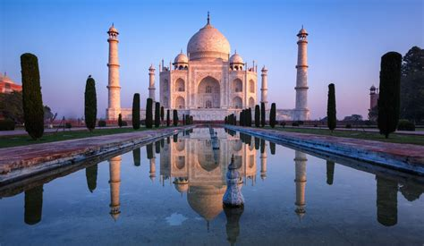 taj mahal a history from beginning to present books a present government s prejudice threatens a of