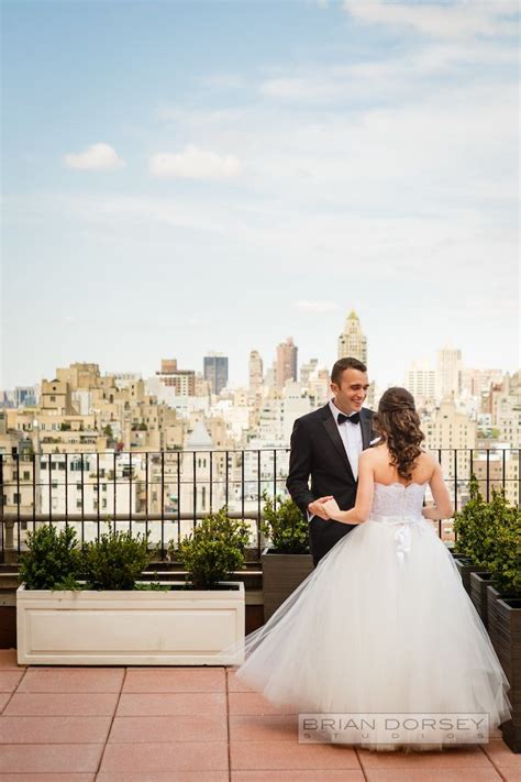 new york city wedding the most romantic new york city wedding ever modwedding