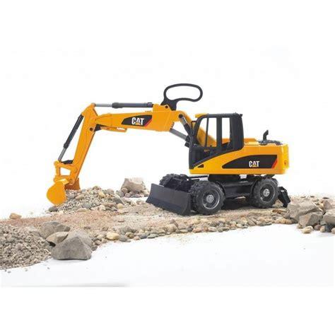 bruder excavator bruder caterpillar wheeled excavator jadrem toys