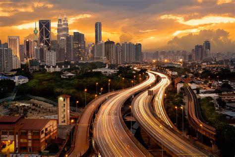 malaysia tourism famous places  visit  malaysia