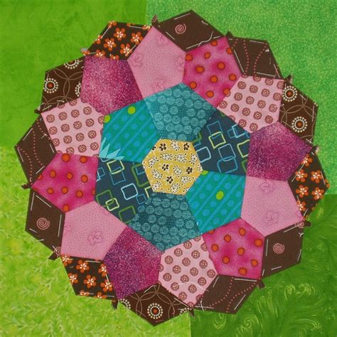 Paper Piecing Patchwork - 7 best pentagon quilts images on paper