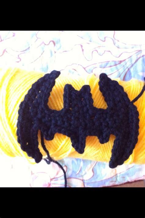 crochet superman logo pattern free 25 best ideas about crochet batman on pinterest