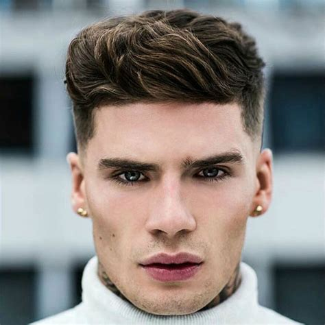 angular chin best hairstyles best men s haircuts for your face shape 2018 men s