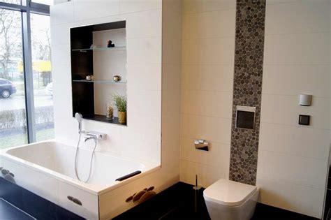 dekoration badezimmer badezimmer fliesen dekoration execid