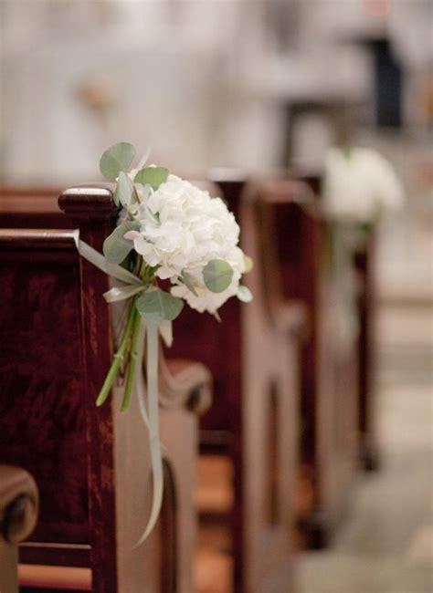 Church Pew Wedding Decorations by Best 25 Church Wedding Flowers Ideas On Pew