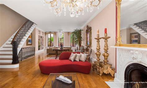 $16.75M townhouse owned by artist Angel ?Vlady? Oliveros