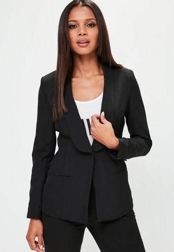 tracee ellis ross tuxedo jacket tracee ellis ross goes braless in tuxedo jacket daily