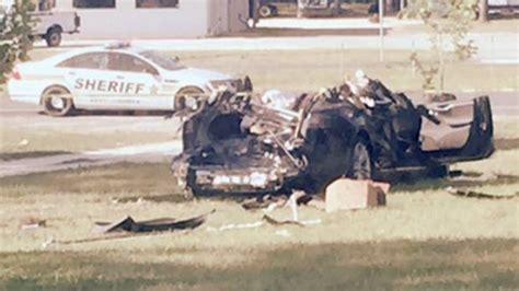 Tesla Wreck Us Safety Agency Seeks Answers On Fatal Tesla Autopilot