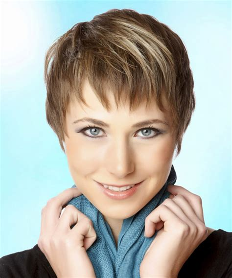 casual pixie hairstyles short straight casual pixie hairstyle with layered bangs