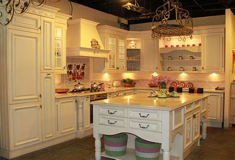 Kabinet Dapur Ready Made classic style kitchen cabinet with granite center island
