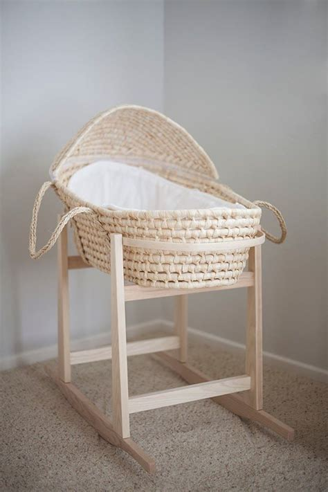 perfect baby bassinet moises  bebes muebles