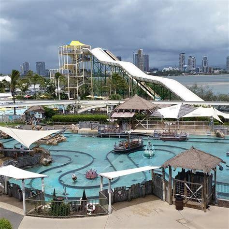 themes parks gold coast theme parks on the gold coast gold coast