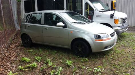 how to fix cars 2004 chevrolet aveo seat position control purchase used aveo 2004 for parts or repair doesn t run in clinton maryland united states