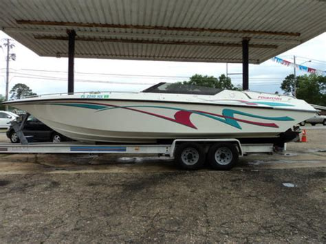 fountain boat trim tabs 1995 fountain fever powerboat for sale in florida