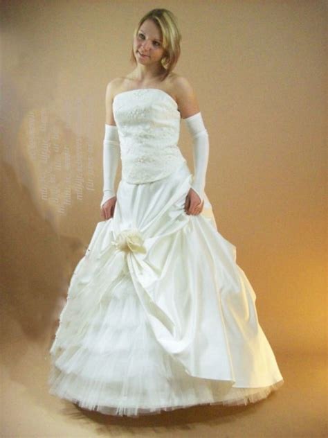 Brautmode Bestellen by Brautkleid Bestellen Deutschland Schleppe