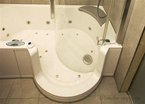 badewannen rutschschutz badewannen und duschen f 252 r ihre wohlf 252 hloase