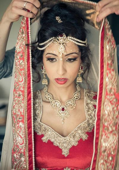 lehenga hairstyles for oval face simple trending south indian bride hairstyle to try on