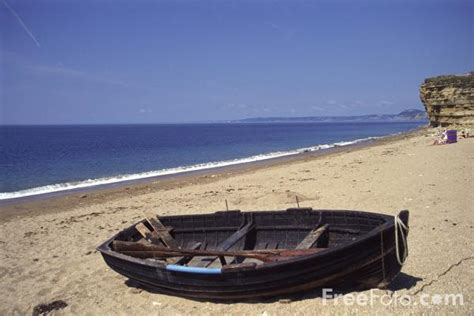 old boat on beach old boat cogden beach dorset pictures free use image