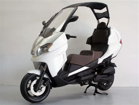 Adiva Maxi adiva ad 200 un maxi scooter 224 toit rigide