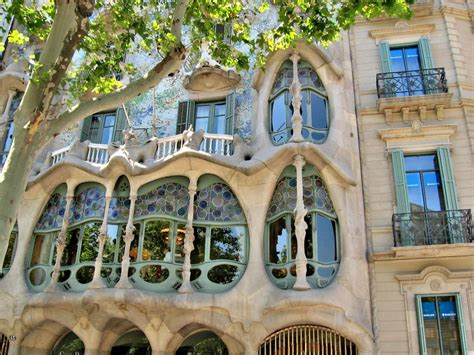 gaudi house barcelona gaudi barcelona house www pixshark com images galleries with a bite