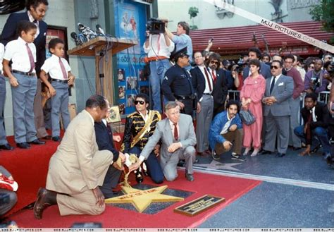 17 Things You Didn't Know About The Hollywood Walk Of Fame Hollywood Walk Of Fame Stars Michael Jackson