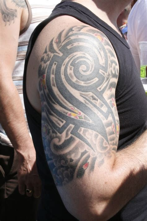 tribal tattoos with shading 25 awesome tribal sleeve tattoos creativefan