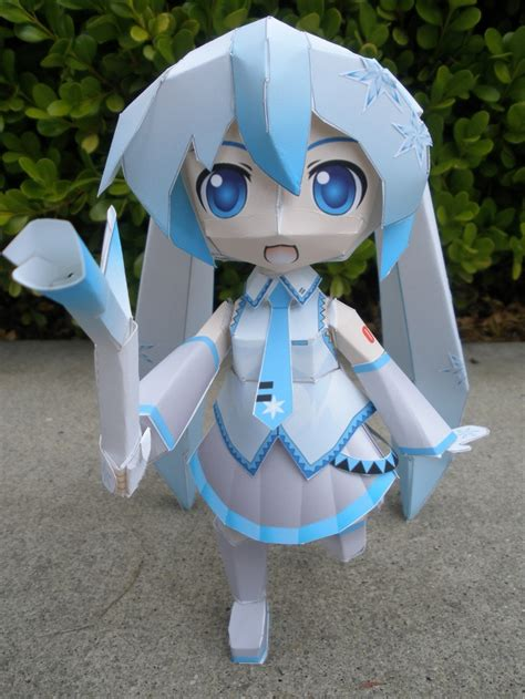 Snow Miku Papercraft - snow miku papercraft by lilmoon on deviantart